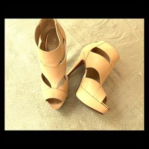 Aldo platform tan leather shoes